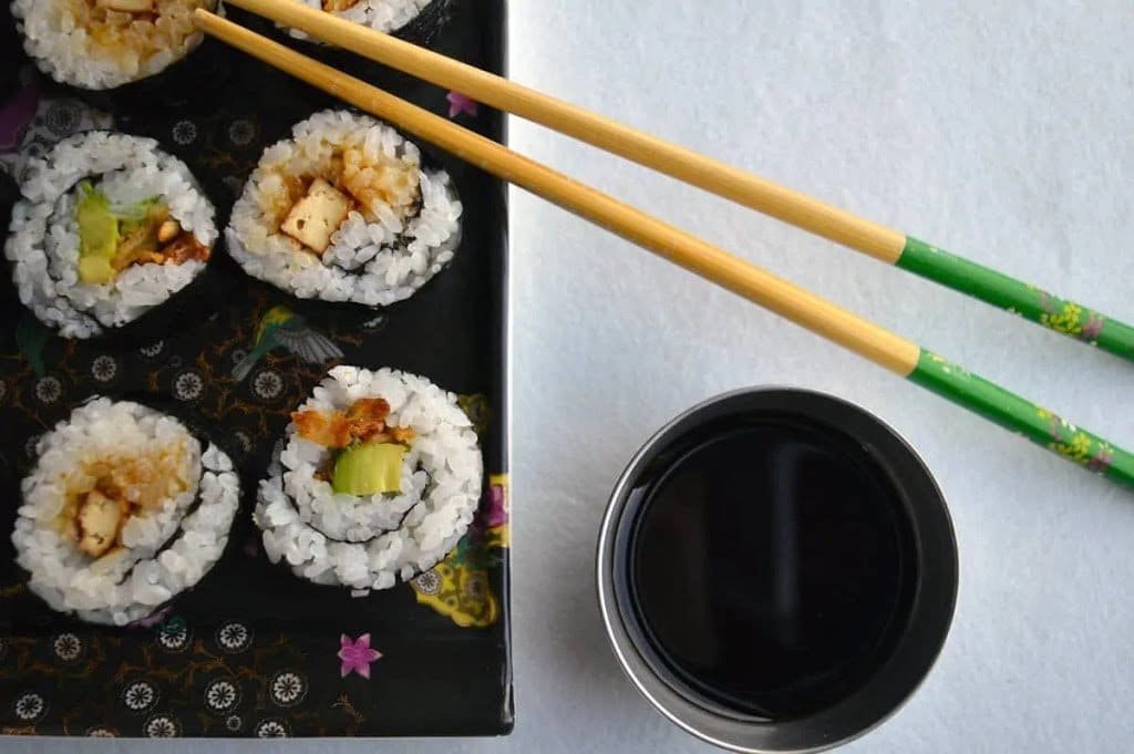 Recipe for vegan sushi roll with Onion, Avocado, and Tofu