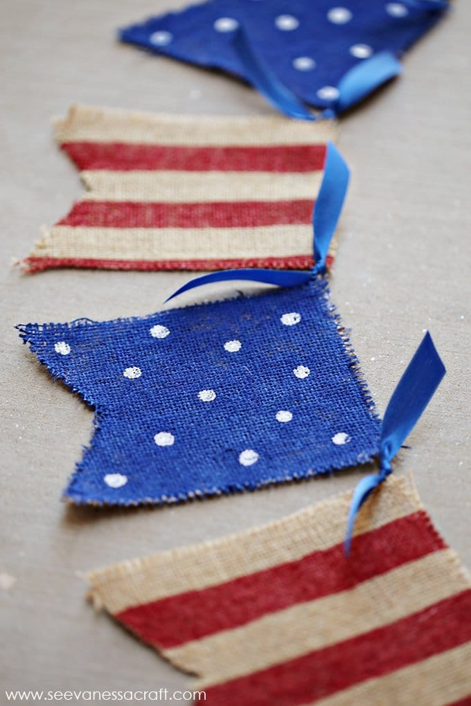 Making a craft is one of the 4th of July traditions in this post.