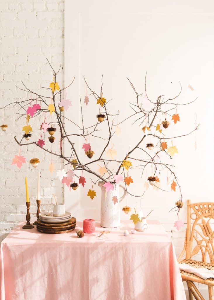 Make a gratitude tree for Thanksgiving