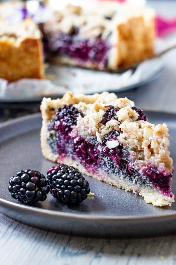 This Recipe for vegan blackberry pie is one of the vegan pie recipes in this list