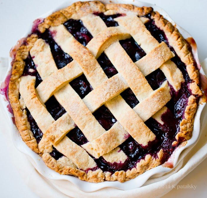 Recipe for vegan cherry pie