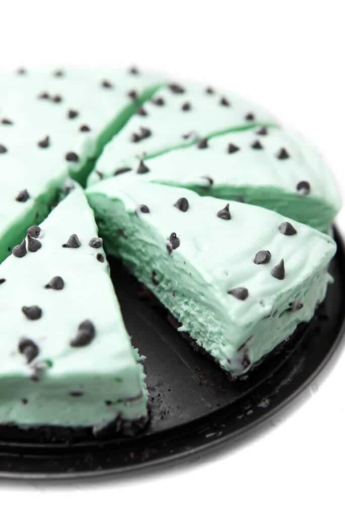 This Recipe for vegan grasshopper pie is one of the vegan pie recipes in this post