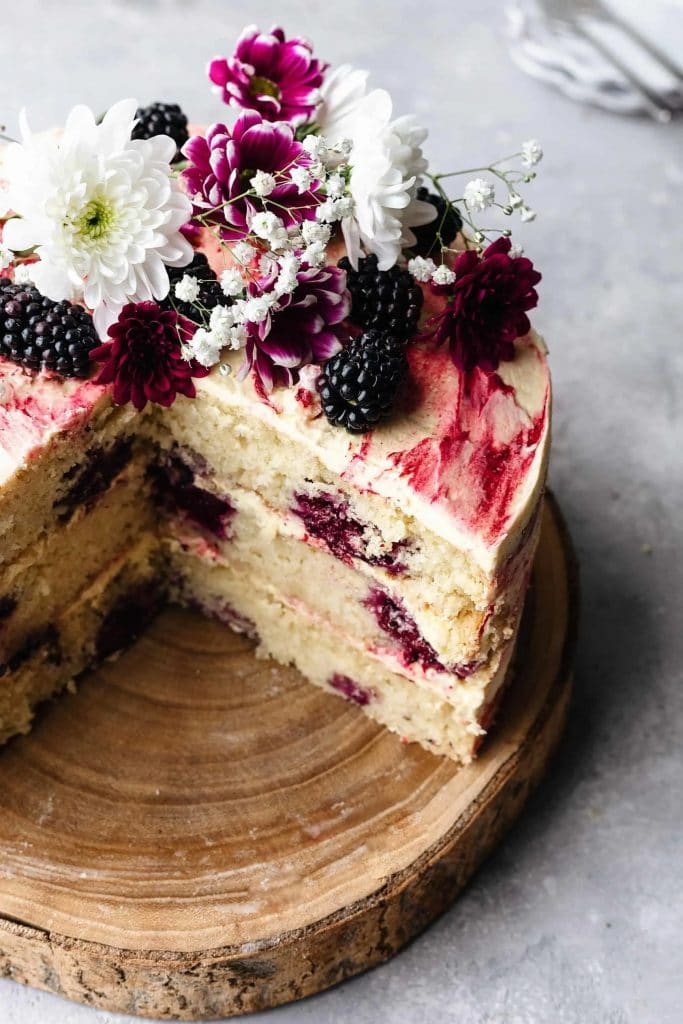 Recipe for vegan blackberry and gin cake