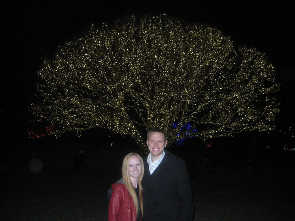 Seeing the Christmas lights in Draper is one of the christmas activities in utah in this post.